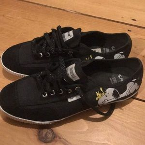 FEIYUE x PEANUTS 2015 Collab Shoes Size 10
